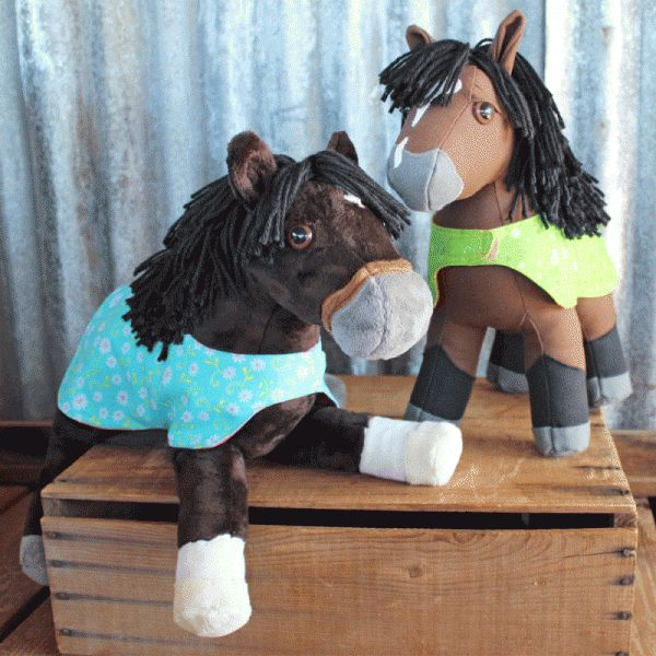 Paddock Blanket Accessory for Floppy Filly or Canvas Colt Plush Horses - Free sewing pattern