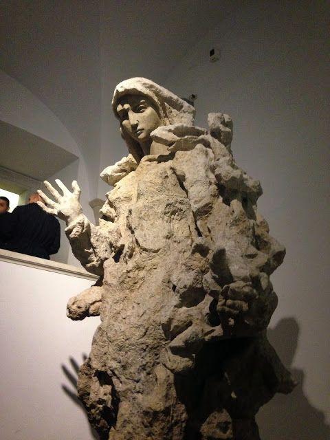 Madonna - Lucio Fontana Collezione d'Arte Religiosa Moderna