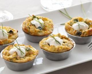 Mini quiches régime aux champignons et son d'avoine : http://www.fourchette-et-bikini.fr/recettes/recettes-minceur/mini-quiches-regime-aux-champignons-et-son-davoine.html