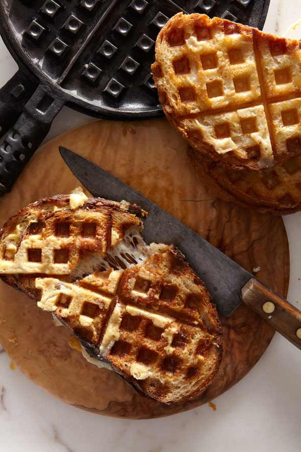 Waffle Iron Grilled Cheese Sandwich #recipe from @Leite's Culinaria