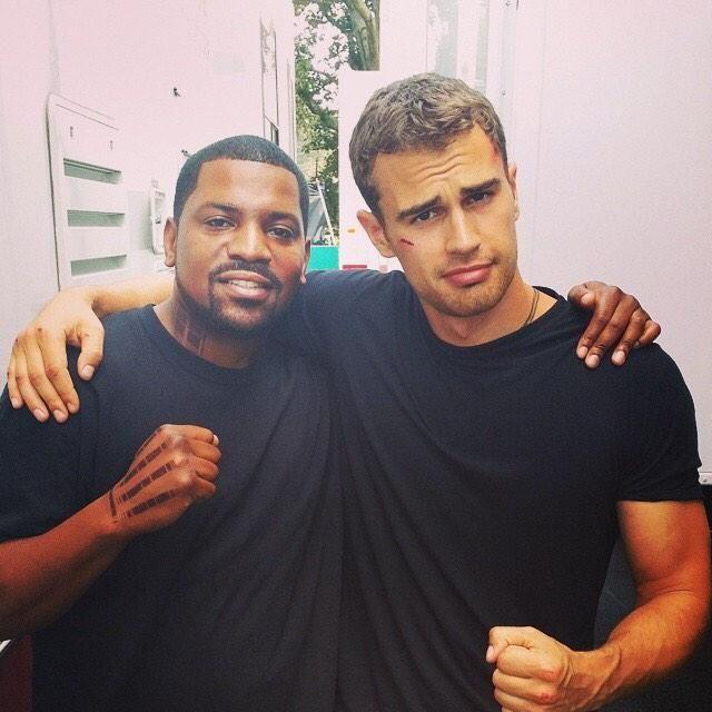 The boys in Insurgent set! #Throwback @MekhiPhifer & Theo James