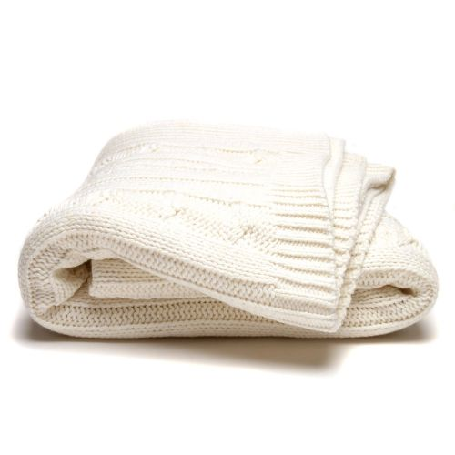 In a classic cable knit design the Newport throw from Home Republic will add a touch of elegant style to your home decor. A cotton acrylic blend in natural oatmeal ensures a luxuriously soft feel for superior comfort.