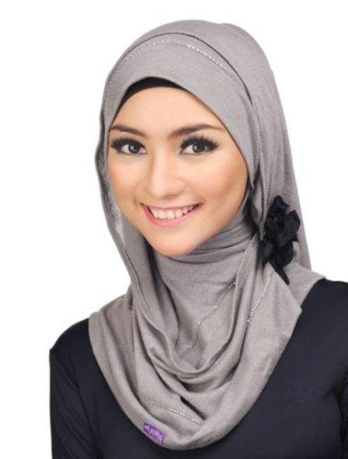 Hijab Instan Citra Kirana