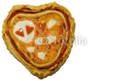 #Pizza #SanValentino cuore di pizza @retweet_anyone