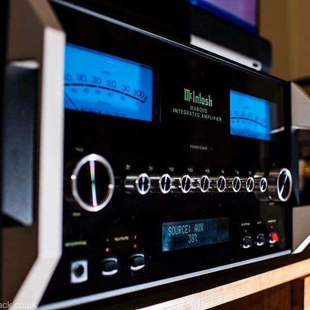 Just been listening to the McIntosh Labs MA8000 and had to get the camera out #TheSpeakerShack #McIntoshLabs #MA8000 #Amplifiers #LuxurySound #Audio #HighEnd #Music