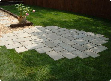 garden paving ideas this is a nice mix of urban and garden