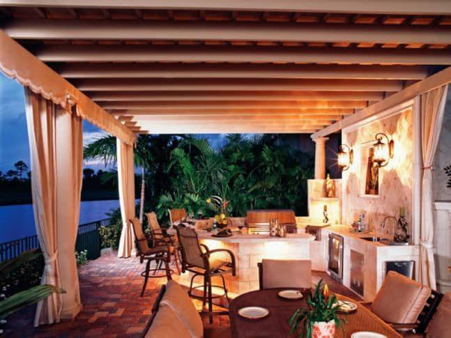 Lass uns essen! 45 Ideen für Outdoor-Küchen und Terrassen   – Yvette King
