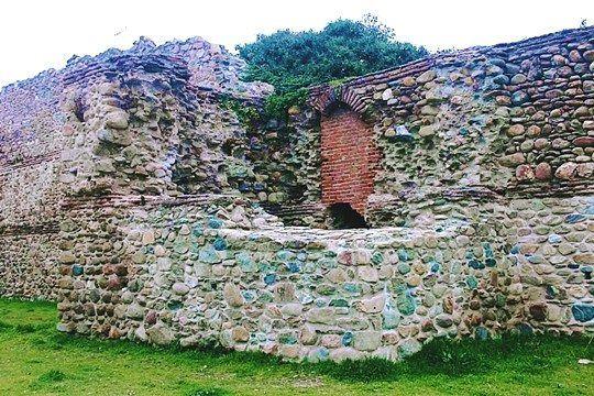 Komotini Walls