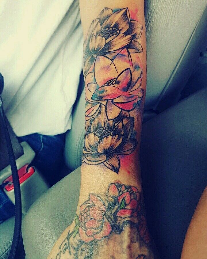 25 Best Ideas About Tattoo Fixers On Pinterest: Best 25+ Lotus Flower Tattoos Ideas On Pinterest
