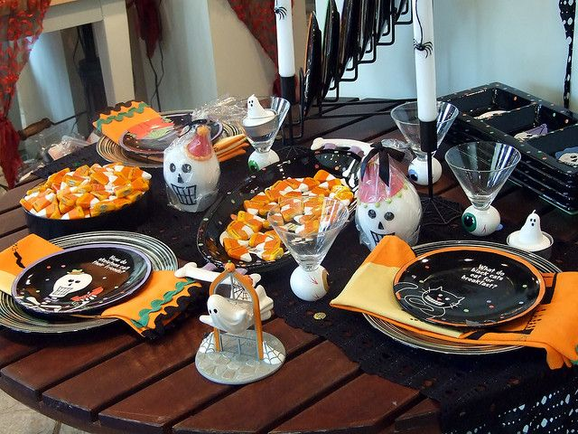 1000 Images About Halloween Tablescapes On Pinterest