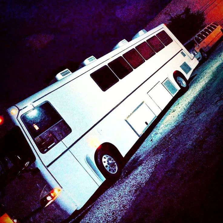 """37 passengers party bus """"Prom Weekend """" #privatechauffeur #prombus #prom #jupiter #don #limobus #southf #limousineservice #hummer #escalade #stretchlimo #pink #pinkescalade #limo #souflorida #aclasslimos #souflorida #partbus #boca #dontdrinkanddrive..."""