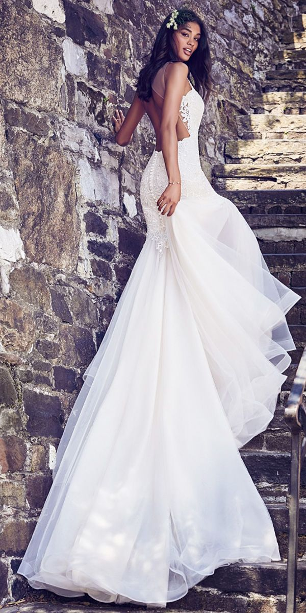 Red and white wedding dresses 2018 audi