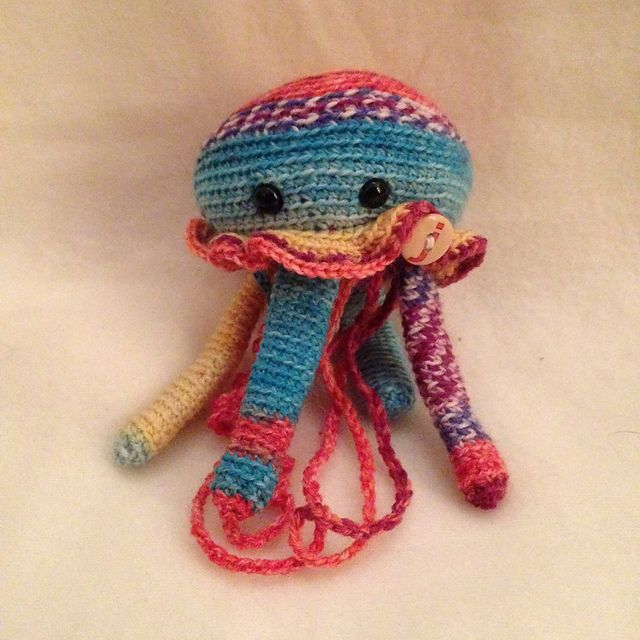Sting the Jellyfish (Freshstitches)