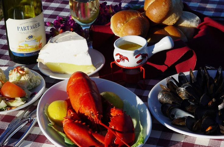 The Original PEI Lobster Suppers, we have been serving lobster in New Glasgow since 1958. Meals include chowder, mussels, salads and desserts!