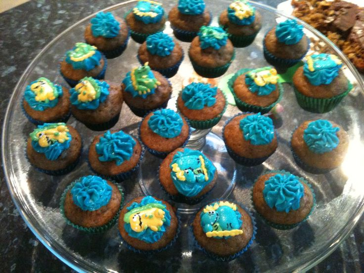 Mini banana cupcakes with blue cream cheese icing (and dinosaurs:-)). For William's third birthday.