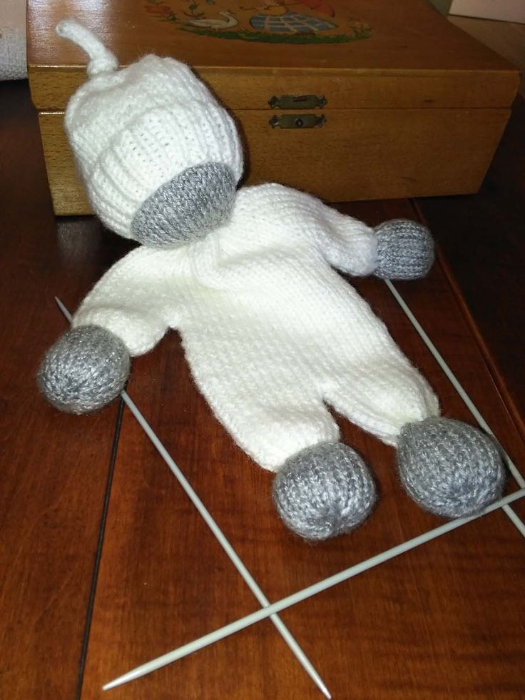 A cuddly doll I knitted for little Amelie