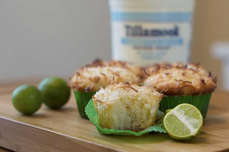 Coconut Key Lime Muffins with Key Lime Glaze + Giveaway #Farmstyle # ...