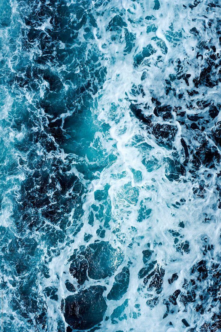 Raue See … von Catherine MacBride für Stocksy United ocean wallpaper