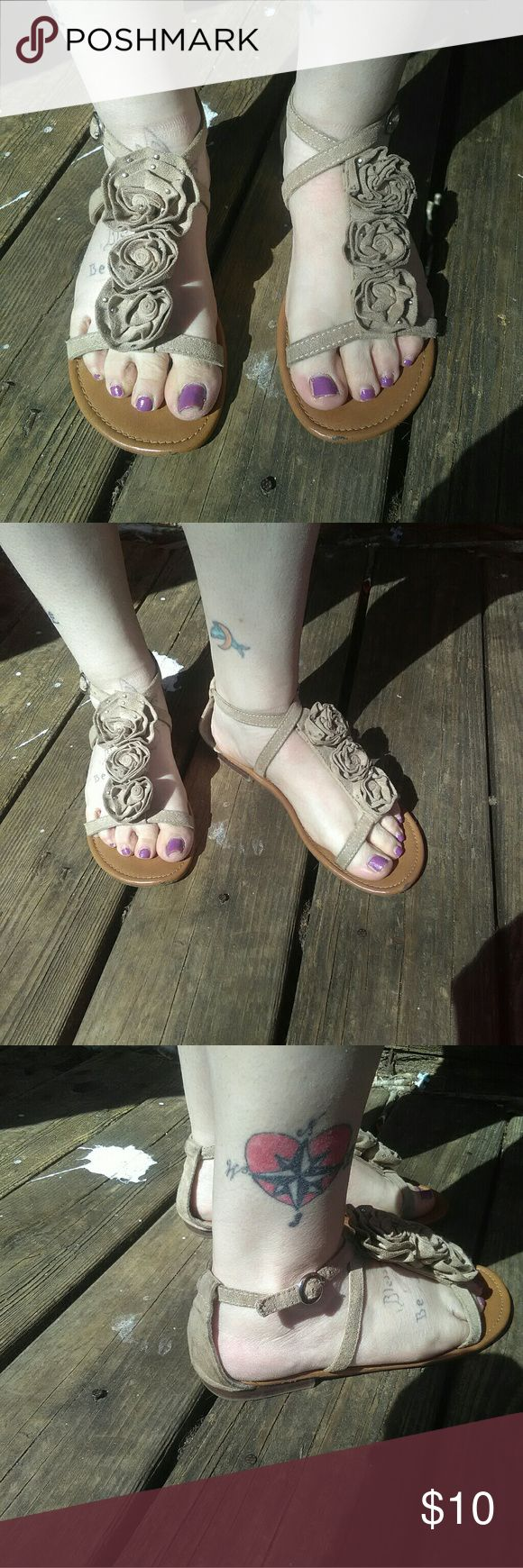 Gap suede sandles Beige suede sandles flowered top adjustable straps GAP Shoes Sandals