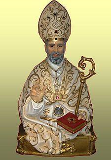 Statua in cartapesta di san Paolino