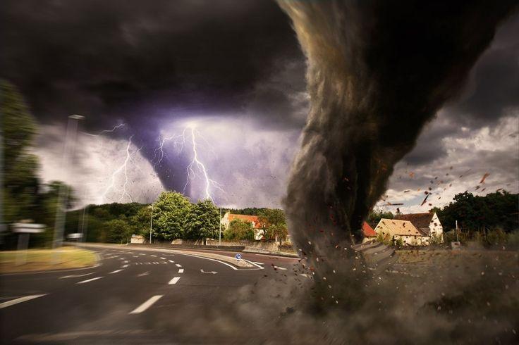 Szupercella csapott le Bécsben, Tornádó tombol ,eközben már itthon is kezdődnek a viharok - videók, fotók - MindenegybenBlog