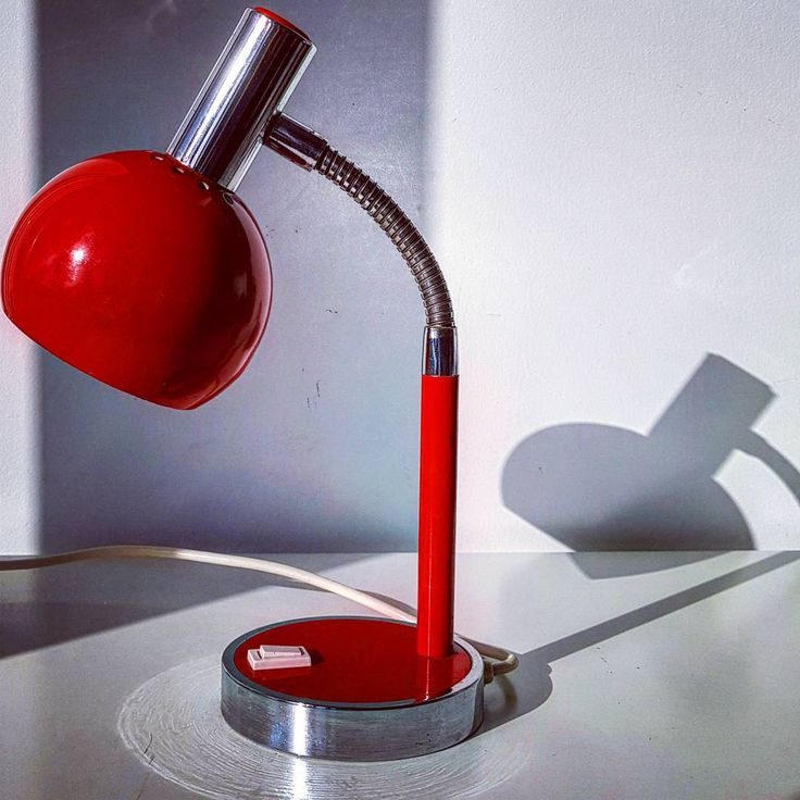 "Polubienia: 19, komentarze: 3 – modern (@modern_old2new) na Instagramie: ""Mid century table lamp #lamp #midcentury #60s #70s #table #tablelamp #red #metal #eye #ball…"""