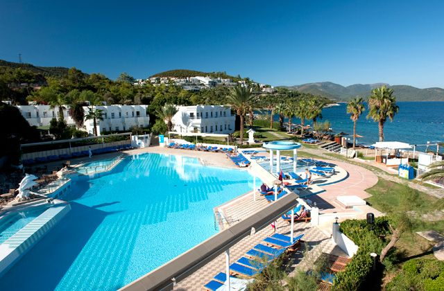 Voyage Turquie pas cher Voyages Auchan au Club Marmara Bodrum Beach 5* NL prix Voyages Auchan à partir de 599,00 € TTC - 8j/7N Tout Compris