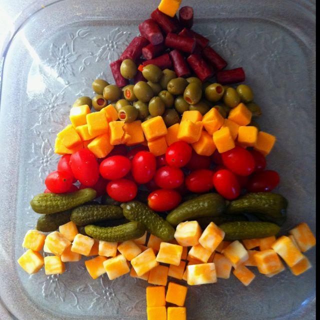 Veggie Christmas Tree Recipe: Appetizer Tray- #Christmas Tree