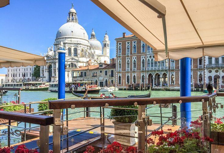 Venetië-  aan het kanaal