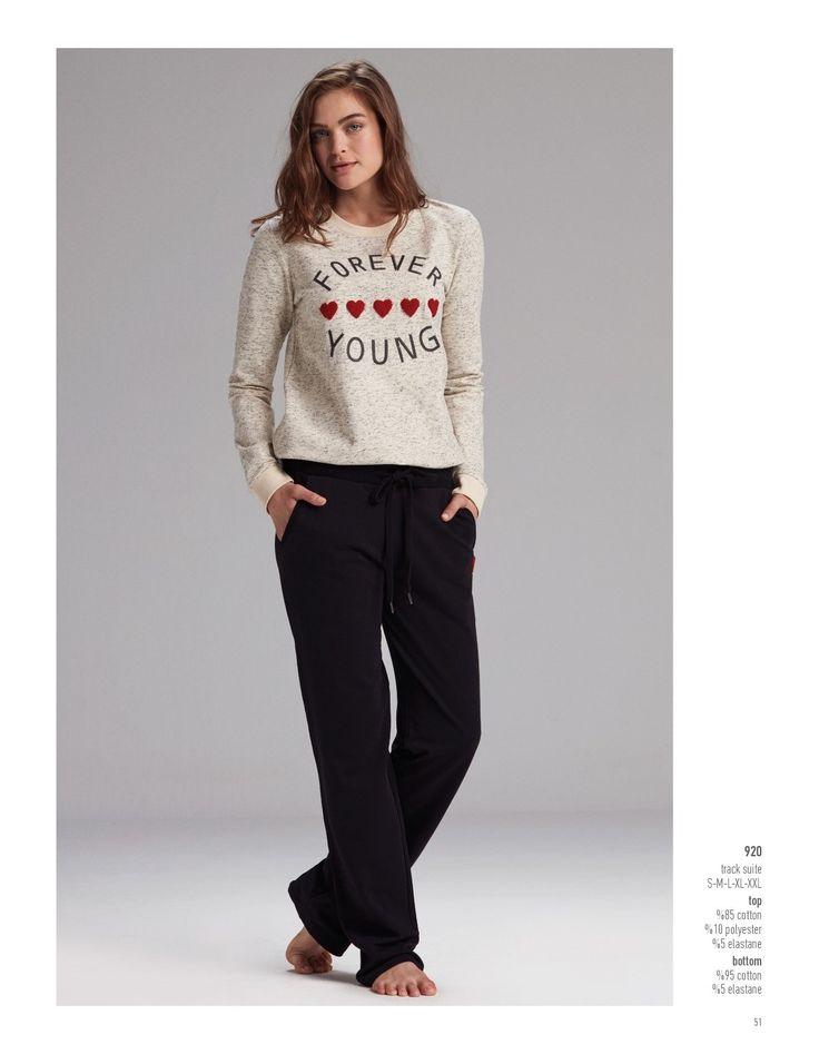 Catherine's 920 Bayan Pijama Takım. Haftasonunu en cool polar pijama takımı ile karşıla. #Markhacom #BayanPijama #Pijama #EvKeyfi #EvGiyim #Kış #YeniSezon