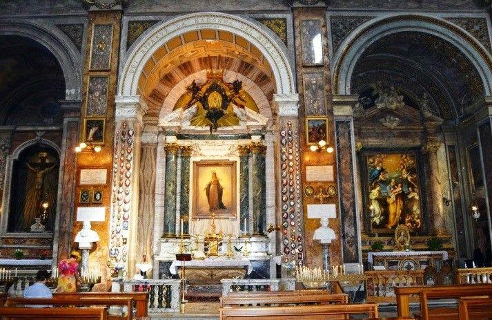 Chiesa Di Sant Andrea Delle Fratte A Roma