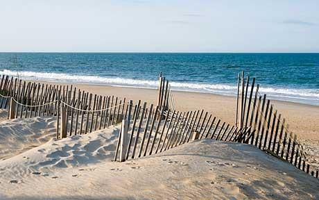 North Carolina Beaches | North Carolina's wild and unspoilt coast is one of the region's chief ...