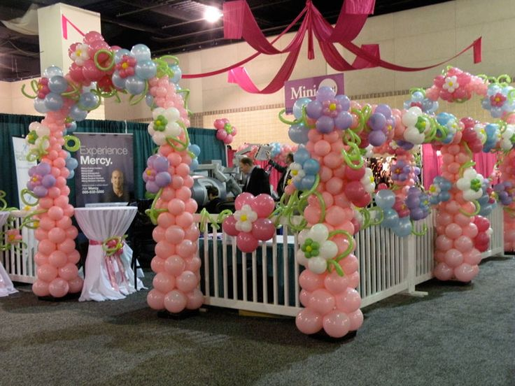 Christmas Craft Booth Display Ideas | Knoxville Balloons | Knoxville Balloon Decor | Balloon Designs ...