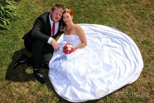 Prodám bílé svatební šaty - 1