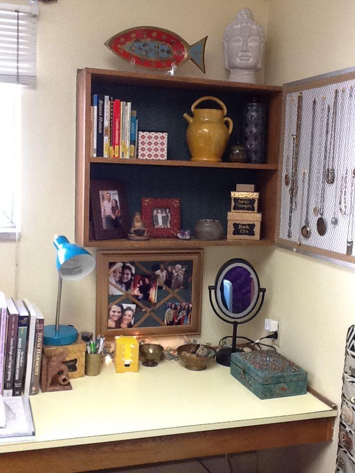 64 best images about tess 39 s dorm room on pinterest. Black Bedroom Furniture Sets. Home Design Ideas