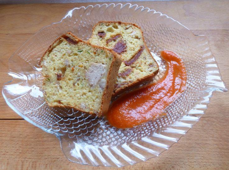 cake thon et tomates séchées - Elleisab,le blog d'une momoflinguée