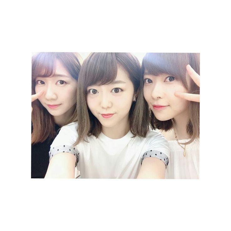 柏木由紀,峯岸みなみ,指原莉乃   (Beauty Selfie)   NGT48,AKB48,HKT48,STU48