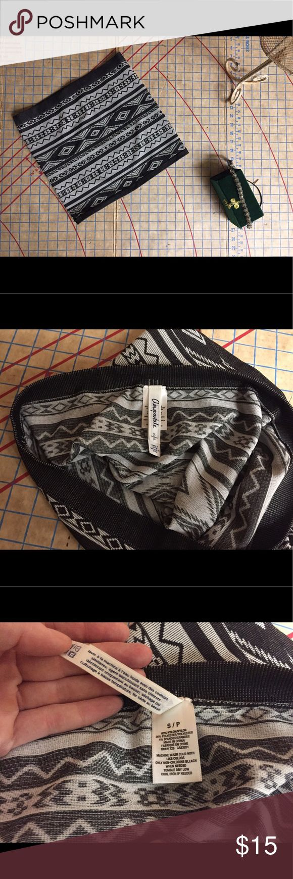 """Aeropostale festival tube skirt size small Like new! Never worn. Cool black and white geometric print tube skirt by Aeropostale size small. Absolutely no damage or wear. Super stretchy. Thick fabric that smooths lumps and bumps. Perfect festival skirt. Could be worn as a bandeau or tube top. Skirt is 13.5"""" in length. Aeropostale Skirts Mini"""