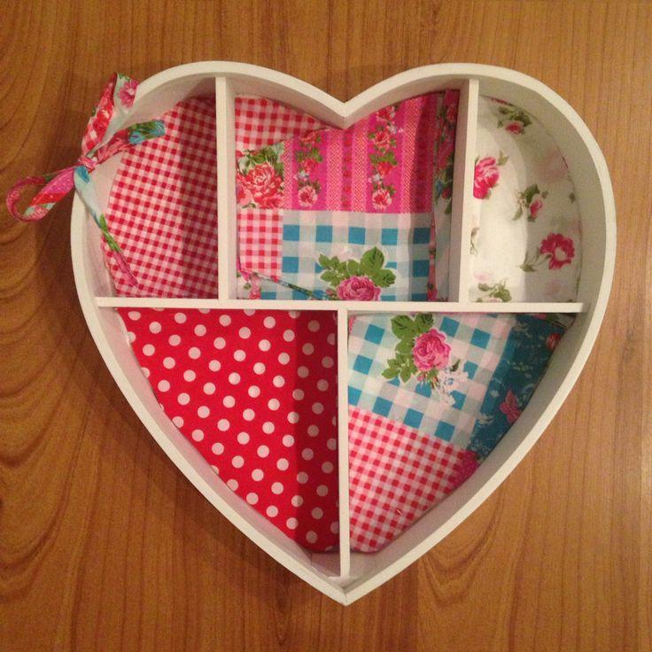17 beste idee n over meisjeskamer inrichten op pinterest kamerdecoraties voor tieners tiener - Decoratie roze kamer ...
