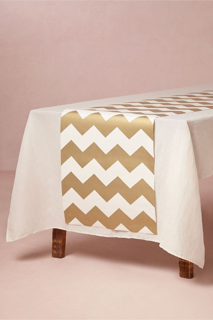25 best ideas about chevron table runners on pinterest quilted table runners chevron table. Black Bedroom Furniture Sets. Home Design Ideas