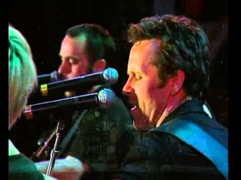 Throw Your Arms Around Me - Mark Seymour / Kate Ceberano - Live 1998