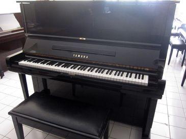 Yamaha U3 - Testimonial ~  Awalnya saya berencana beli Piano untuk anak saya, atas rekomendasi guru saya dikenalkan dengan Pak Temmy, sudah berkali-kali telpon sama si bapak ini, pelayanan mantabs,tapi memang harus sabar nunggu antrian soalnya yg booked banyak beud,maklum piano second tapi terjamin paling ok sih :D akhirnya jatuh hati sama Piano pilihan Yamaha U3. Semoga sukses terus pak.. Ibu Melly - Lippo Cikarang  087809700xxx  Hub.0812.938.0852