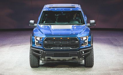 Ford F-150 SVT Raptor Reviews - Ford F-150 SVT Raptor Price, Photos, and Specs - CARandDRIVER... BEAUTY