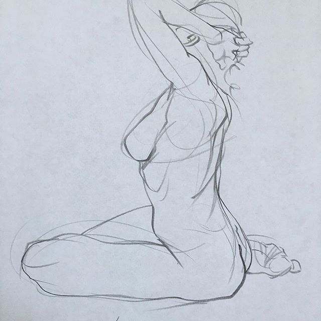 #5minsketch #nude #sketchbook #art #drawing #sketch #nudewoman #photoreference #çizim #gestures #pose #karakalem #sanat #figür #figure #artfido #pencildrawing #resim