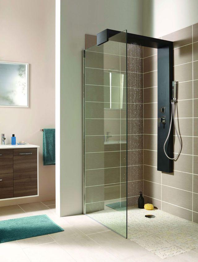 les 25 meilleures id es de la cat gorie flexible de douche sur pinterest h tels avec suites. Black Bedroom Furniture Sets. Home Design Ideas