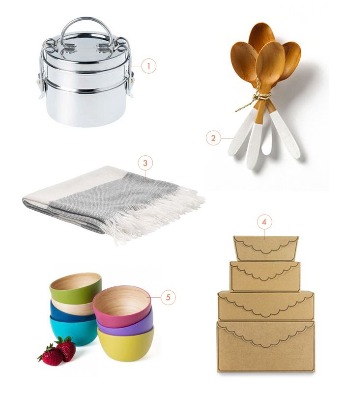 Love the white space and numbers: Gift Boxes, White Spaces, Gifts Ideas, The Bride, Make, Gifts Boxes, Wooden Spoons, Second Weddings, Wedding Gifts