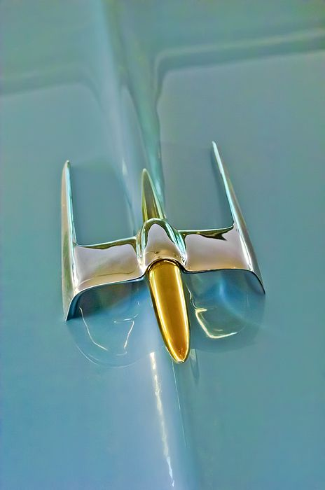 Lincoln Images by Jill Reger - Images of Lincolns - 1953 Lincoln Capri Hood Ornament