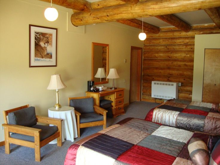 All rooms have ensuite bathrooms & have complimentary tea & coffee making facilities. None of our rooms have TVs or Telephones so as not to distract you from the glory that is Wells Gray Provincial Park & the wilderness that surrounds & welcomes you.  #helmckenfallslodge #canadianlifestlye #canada #travelcanada #bc