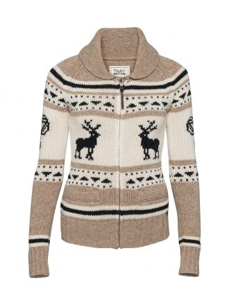 Lambswool Sweater in Reindeer: Wool Sweaters, Pattern Sweaters, Clothes, Aka Fashion, Winter Sweaters, Closet, Cozy Sweaters, Style Fashion