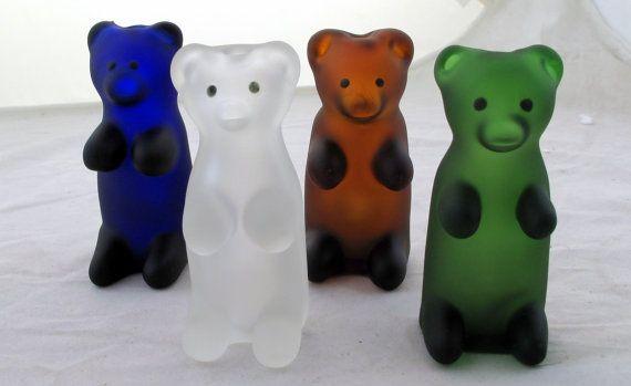 Gummy Bear Pyrex Glass Tobacco Pipe QQ023 by ApolloGlassStudio, $19.80